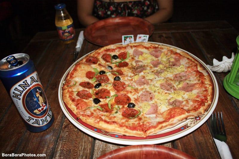 Bora Bora Matira Pizza | boraboraphotos.com