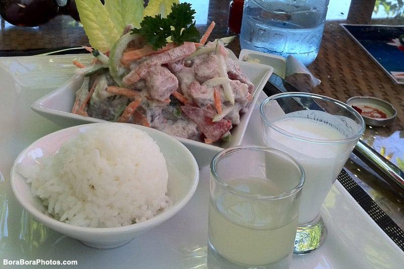Tahitian delicacy poisson cru| boraboraphotos.com