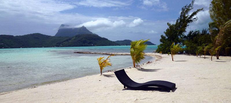 Mai Moana Island beach view | BoraBoraPhotos.com
