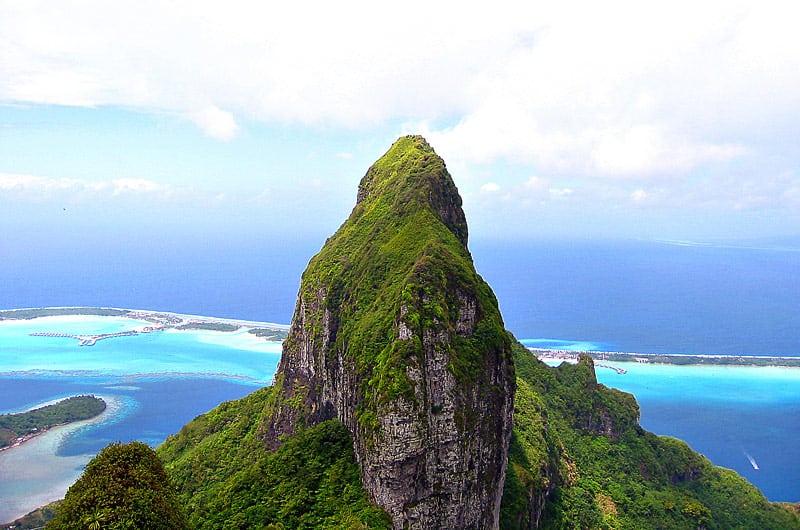 Mount Otemanu on Bora Bora island | boraboraphotos.com