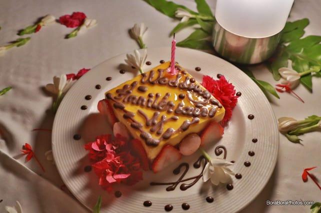 romantic dinner tiramisu dessert | boraboraphotos.com