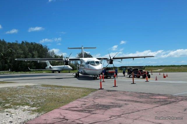 Flying into Bora Bora Airport | boraboraphotos.com