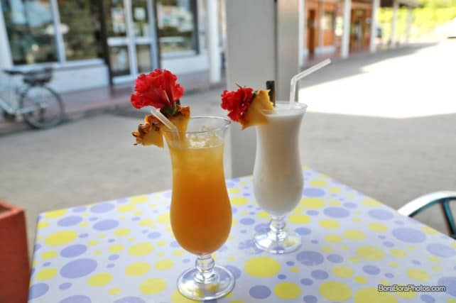 Aloe Cafe drinks Maitai and Pina Colada | boraboraphotos.com