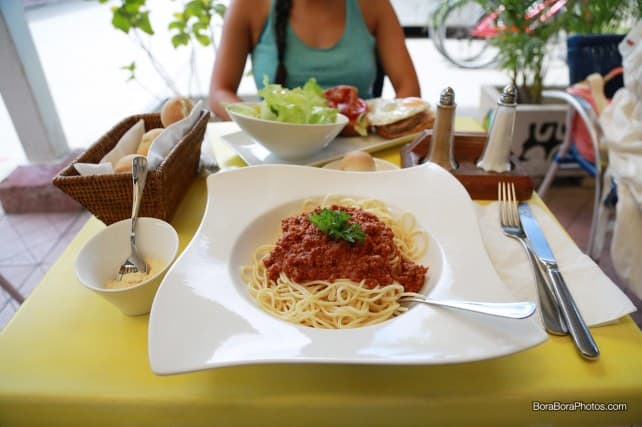 Aloe Cafe Bora Bora Spaghetti Bolognaise | boraboraphotos.com
