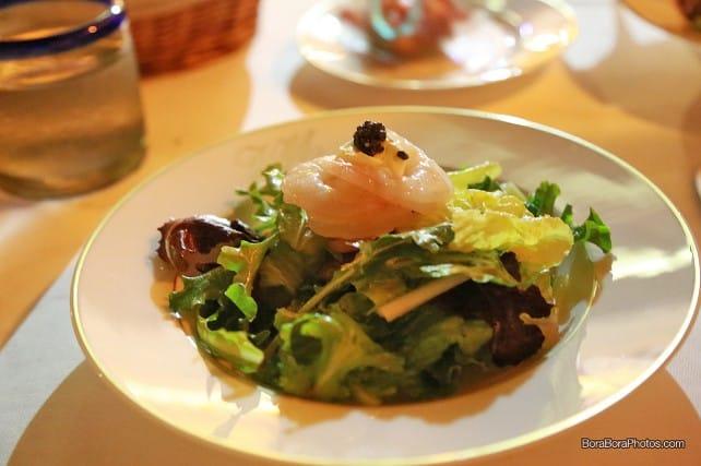 Villa Mahana salade de crustaces et caviar | boraboraphotos.com
