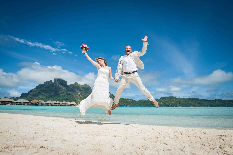 Ben Duluc Bora Bora Wedding Photographer Island Travel Guide
