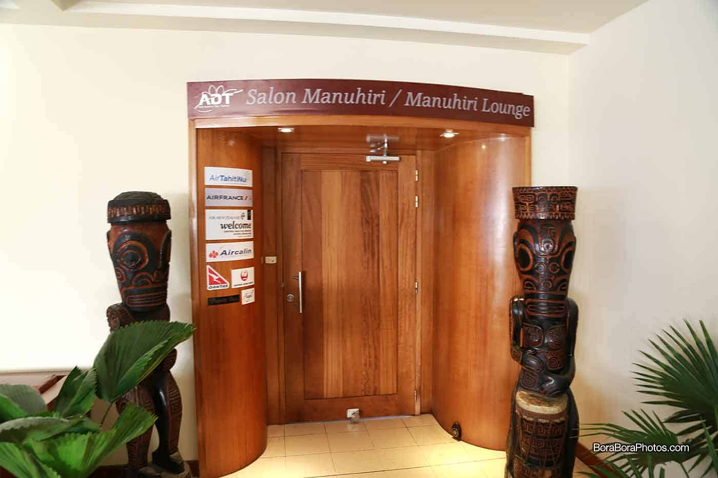 business-lounge-in-papeete